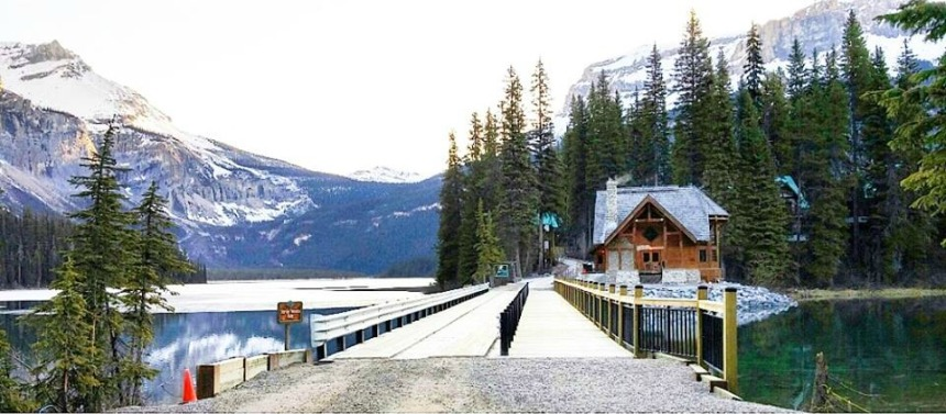 Emerald Lake Lodge - Canada - Review - www.rockpaperwhisk.com